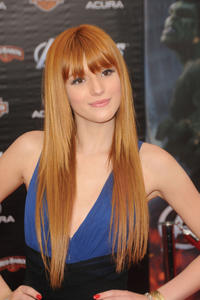 http://img204.imagevenue.com/loc434/th_246451570_Bella_Thorne_The_Avengers_Premiere_J0001_0007_122_434lo.jpg
